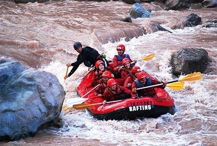 Argentinien Highlights: Rafting in Mendoza